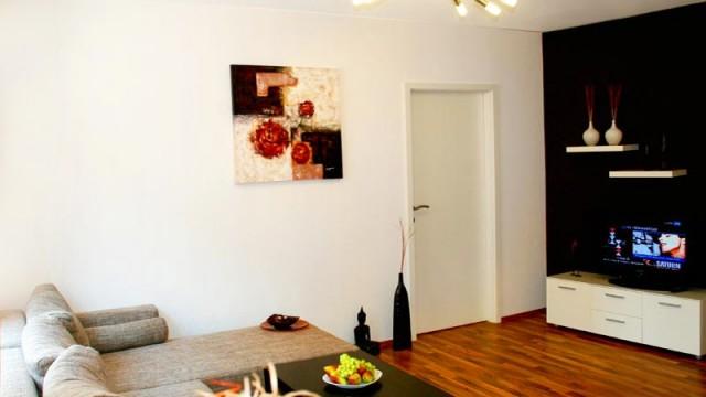 02.wohnzimmer