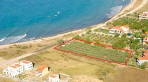 Участок 3800 кв. м. у береговой линии на пляже Карьяни, Греция