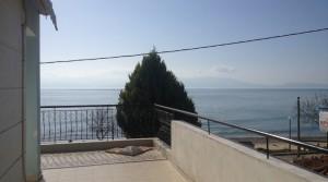 Квартира 66 кв.м. в 15 м от моря на пляже Паралия Офринио, Греция
