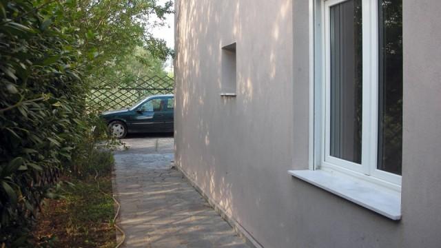 Otlichnaya-kvartira-56-kv-m-tsentеr-Paraliya-Ofriniou-3