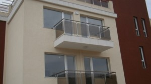 Апартаменты в комплексе Милана в 150 м от морского берега и пляжей курорта Бяла, Болгария