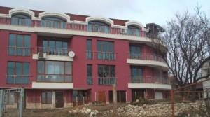 Апартаменты в комплексе Сани -Траката в 6 км от города Варна и в 800 м от курорта Св. Константин и Елена, Болгария