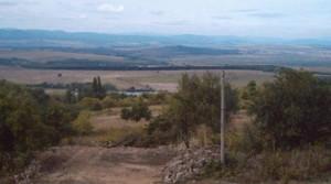 Сельский болгарский дом из кирпича в с.Аврен в 25 км к юго-западу от г.Варны, Болгария