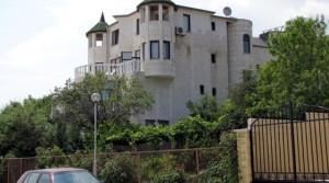 Вилла в стиле замка на берегу моря в местности Ален Мак, Болгария
