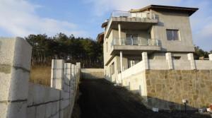 Трехэтажный дом в Винице, Болгария