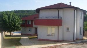 Новый дом в селе Юнец, Болгария