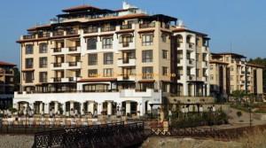 Апартаменты в комплексе Oasis Beach Club в поселке Лозенец, Болгария