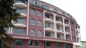 Апартаменты в комплексе Пурпурная звезда на курорте Святой Константин и Елена около Варны, Болгария