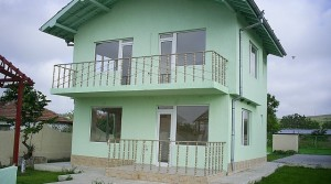 Двухэтажный дом в с. Каменар, Болгария